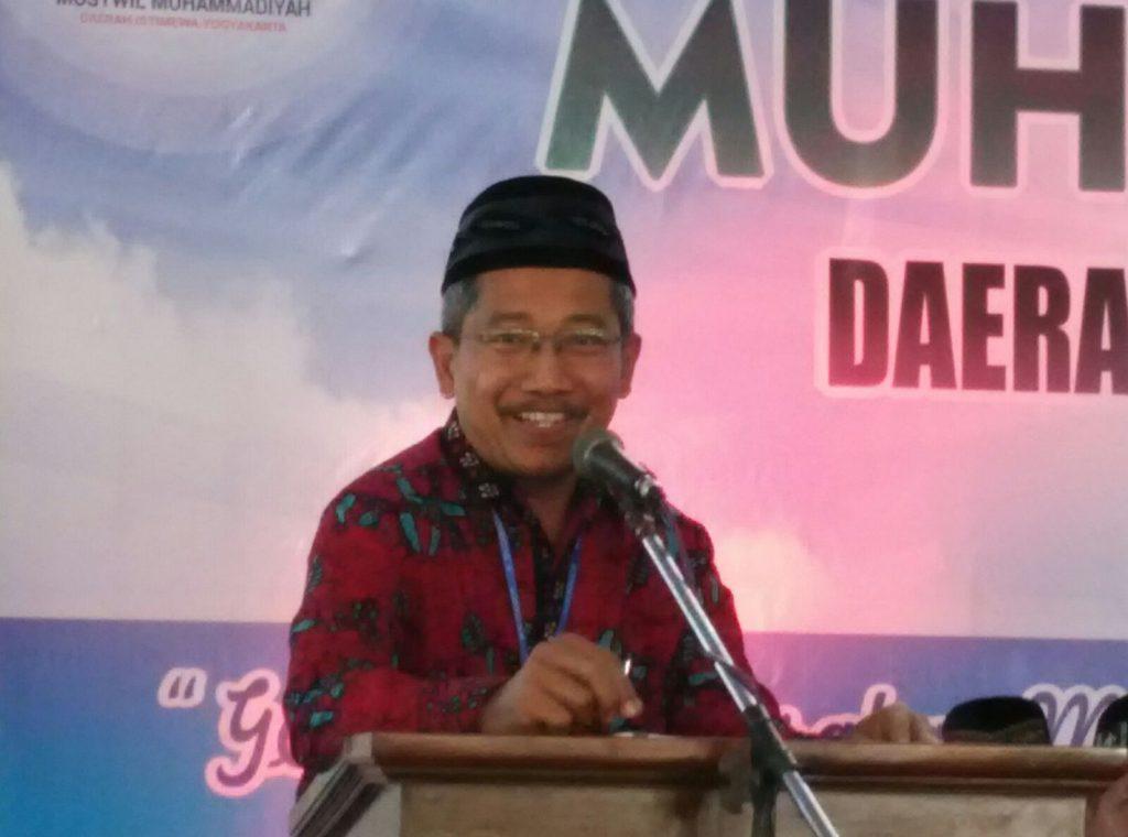 Bapak Gita Danu Pranata Ketua Umum Pimpinan Wilayah Muhamadiyah Yogyakarta 2015-2020